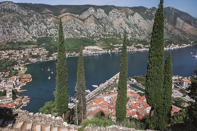 Panorama Kotoru spod twierdzy św. Iwana